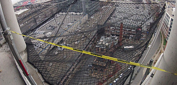 Same-Floor Horizontal Perimeter Debris Netting Installation