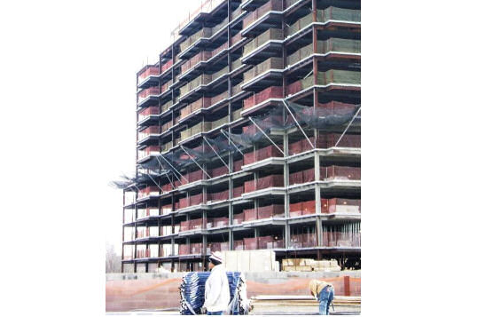 Perimeter Safety Netting On New York City Construction Site