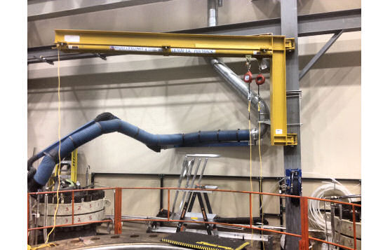Swing Arms and Jib Arms For Semi-Circular Fall Arrest Protection Above Chemical Vats